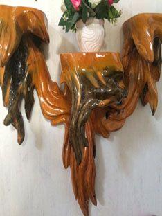 Bàn thờ gốc cây