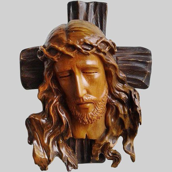 Tượng gỗ công giáo title=Tượng gỗ công giáo