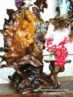 Điêu khắc Gia đình Thánh Gia